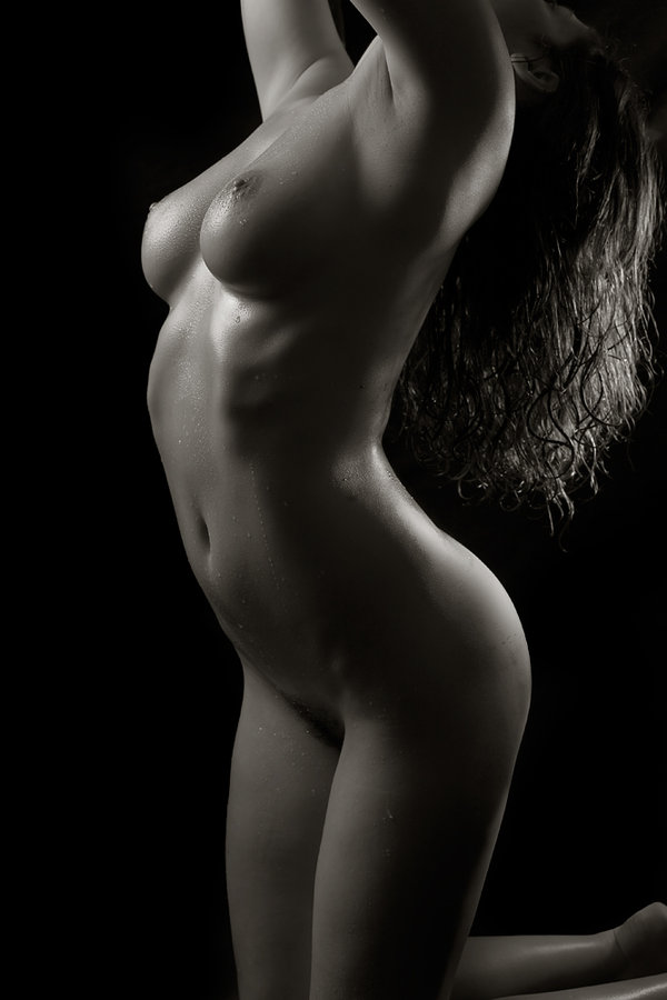 Posted in Photographers with tags female, nude, photography on 08/04/2008 by ...